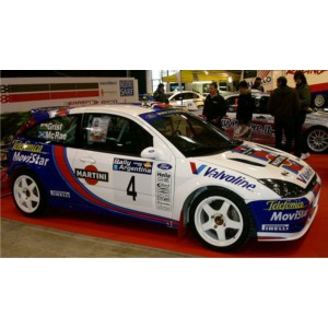 http://www.creative-vinyl.com/1104-thickbox/ford-focus-2001-wrc-full-graphics-kit.jpg