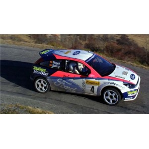http://www.creative-vinyl.com/1106-thickbox/ford-focus-2002-wrc-full-graphics-kit.jpg