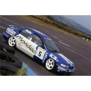 https://www.creative-vinyl.com/1171-thickbox/ford-mondeo-btcc-1993-ics-full-graphics-rally-kit.jpg